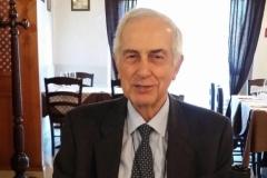 Dott. Giovanni Pieralisi, medico neuropsichiatra, psicoterapeuta psicoanalitico,  presidente dell'Associazione per lo Sviluppo della Psicoterapia Psicoanalitica, direttore e rappresentante legale dell'Istituto Scuola di Psicoterapia Psicoanalitica nelle sue tre sedi di Ravenna, Mantova e Trieste